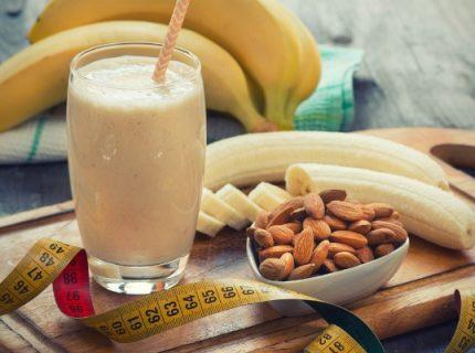 Mandel Bananen Kombucha Smoothie Rezept