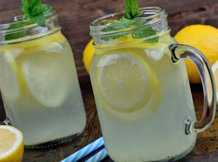Limonade, 4 Gründe, warum Wasserkefir ein guter Limonaden-Ersatz ist!, fairment, fermentieren, fermentation, kombucha, kefir, kaufen, milchkefir, wasserkefir, scoby, kraut, sauerkraut, gurken