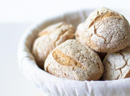 Glutenfreie Sauerteigbrötchen - perfekt für den Sonntagsbrunch